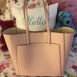 **FEATURE of WEEK**NWOT Cole Haan large tote/purse